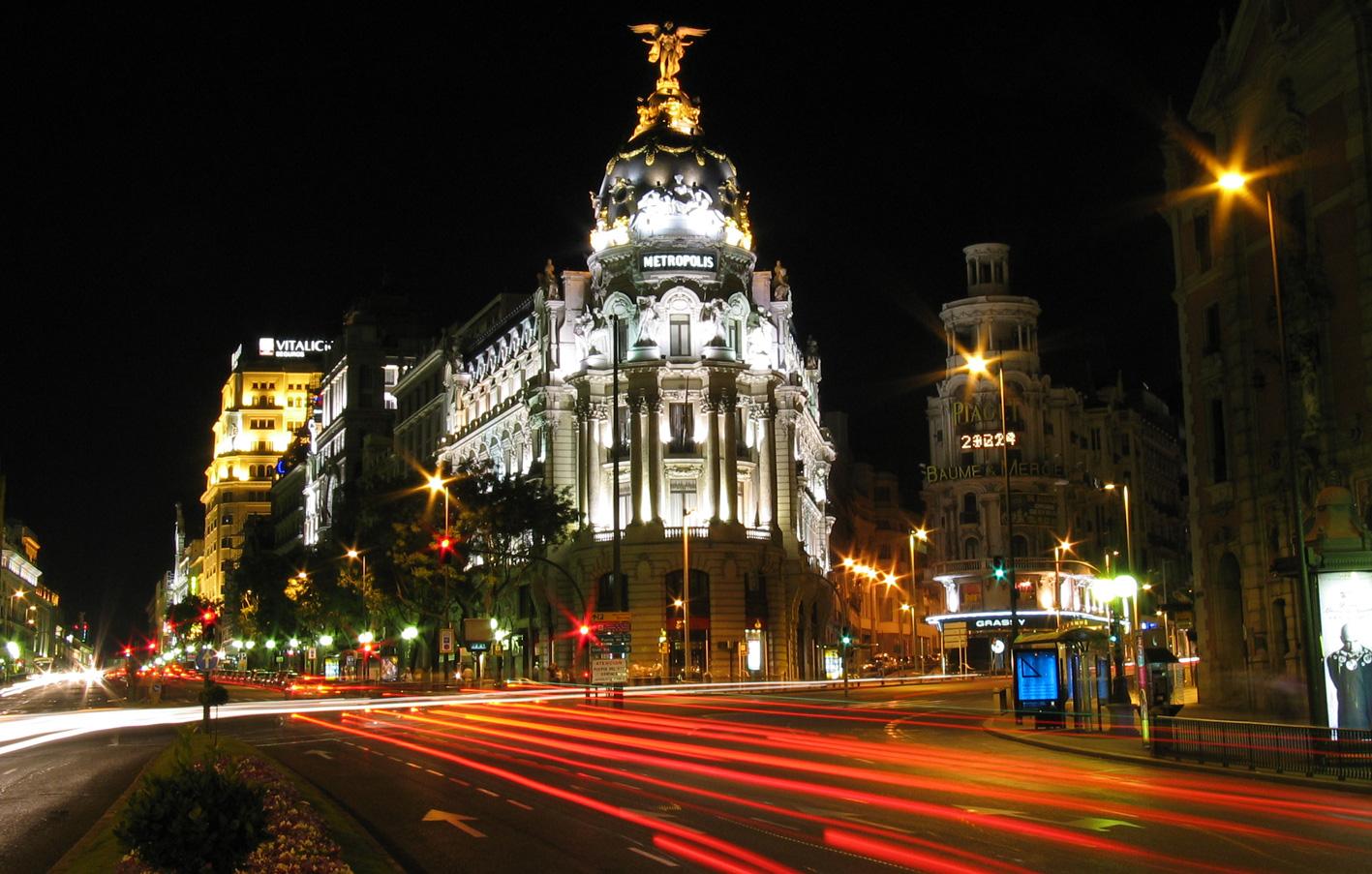 Calle_de_Alcalá_(Madrid)_04