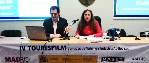 Juan-Manuel-Penín,-Director-Relaciones-Institucionales-de--SEGITTUR-y-Mª-del-Prado-Porris,-Consejera-Técnica-de-Promoción-de--Industrias-Culturales-y-Mecenazgo
